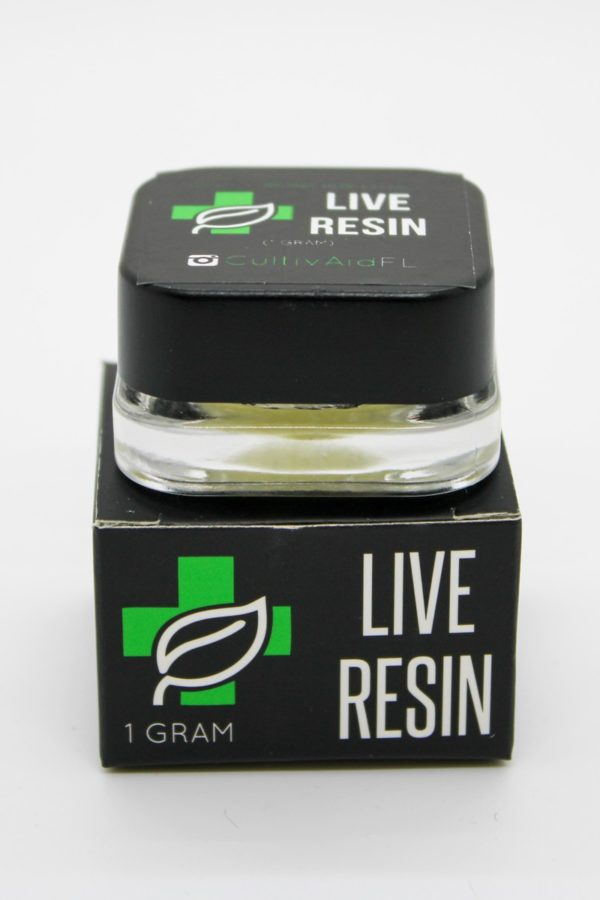Cultivaid Live Resin container on top of box